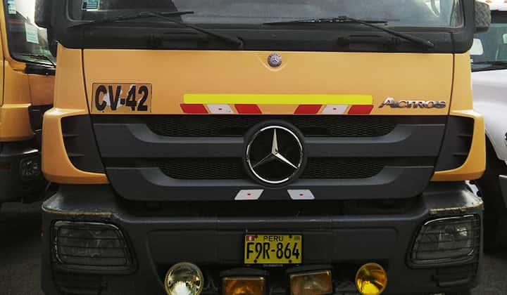 Camión volquete Tolva marca FAMECA